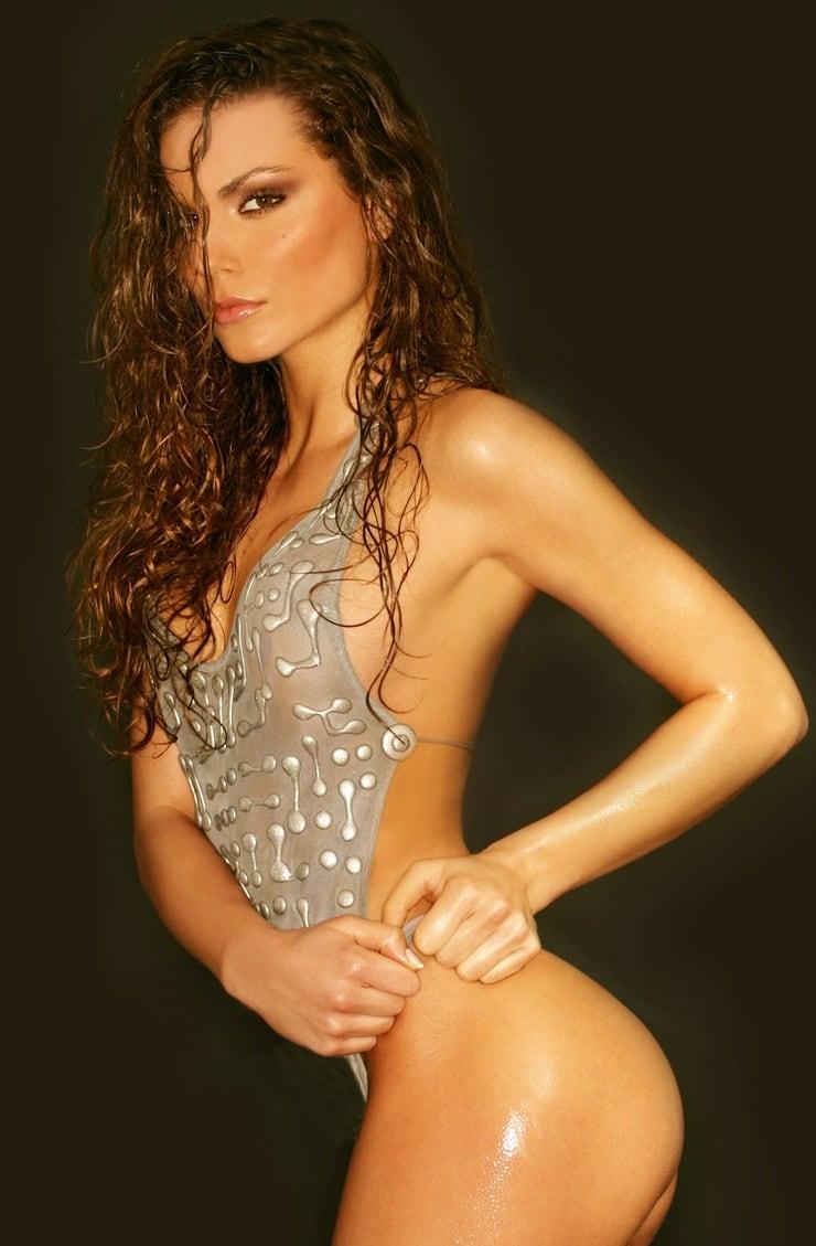 Nina Senicar Nude Photos 87