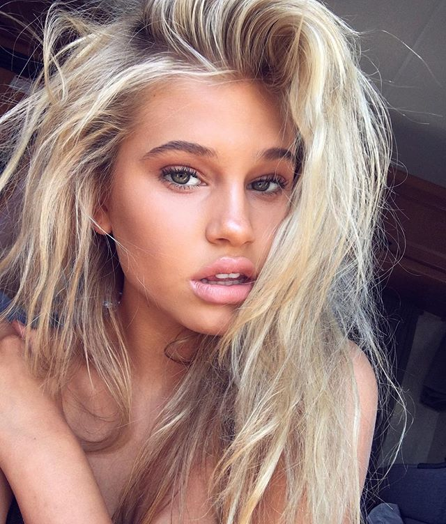 20 Beach Blonde Hair Ideas From Instagram: Picture Of Meredith Mickelson