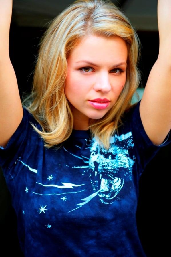 Ali Liebert summary   Film Actresses