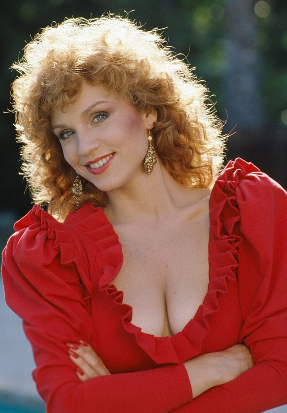 Mary Lou Henner Nude 84
