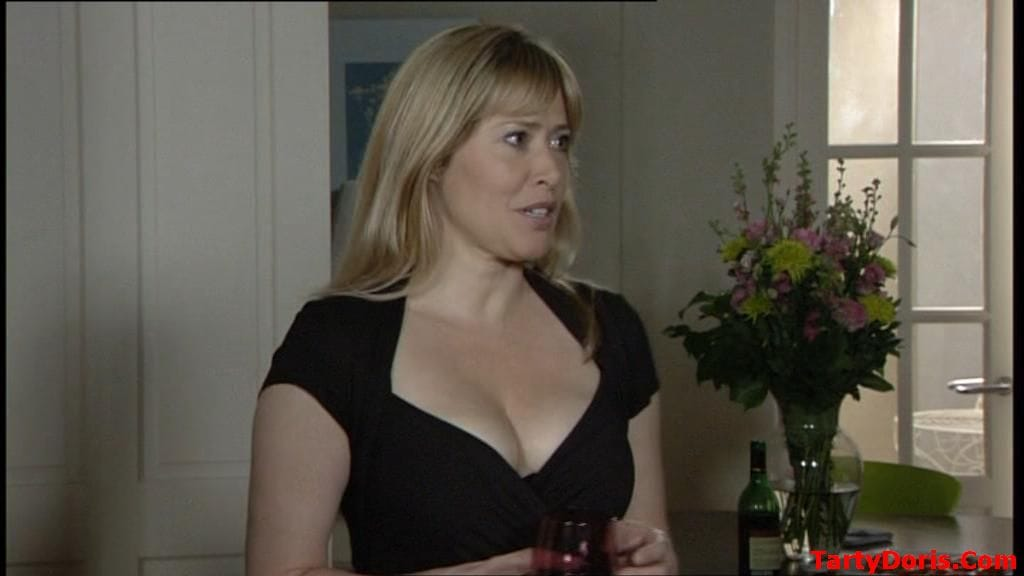 Maggie O'Neill nude 324