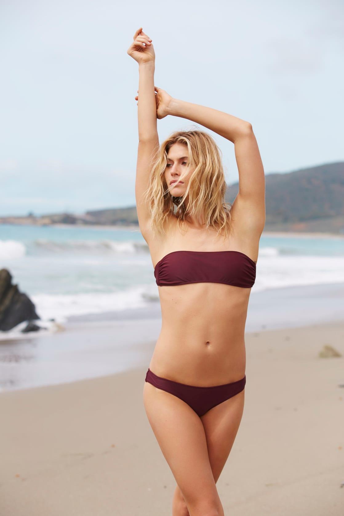 Youtube Laura Ponticorvo nudes (38 photo), Topless, Cleavage, Feet, butt 2017
