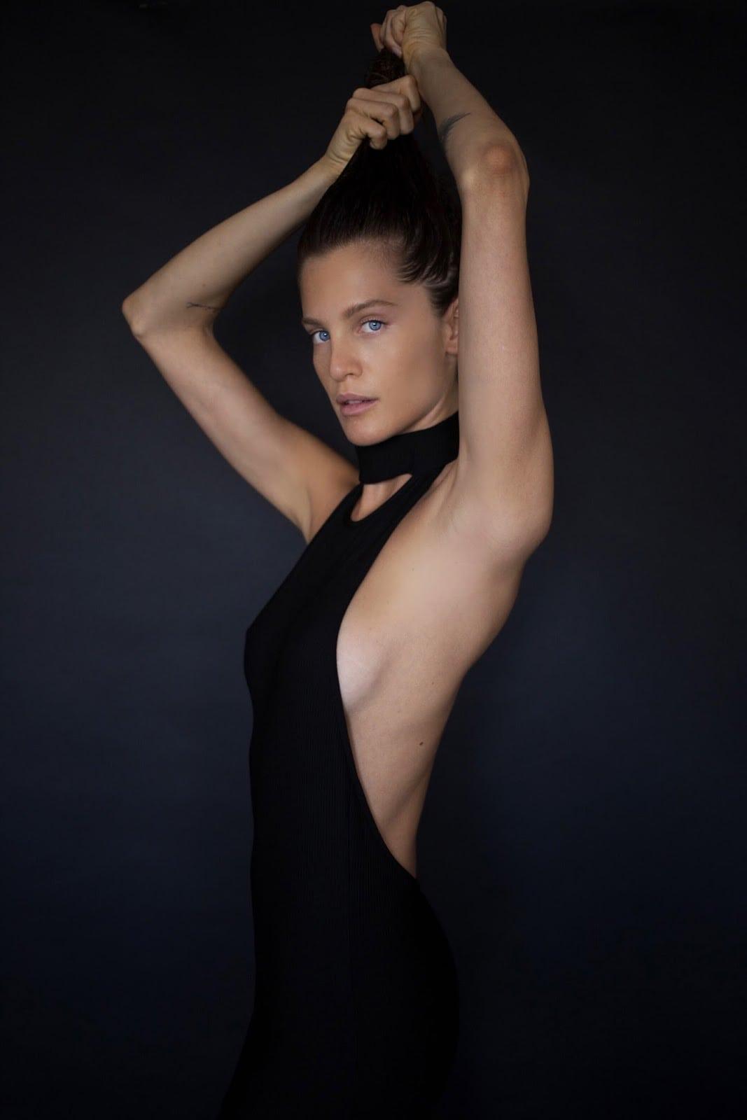Instagram Liz Solari naked photo 2017