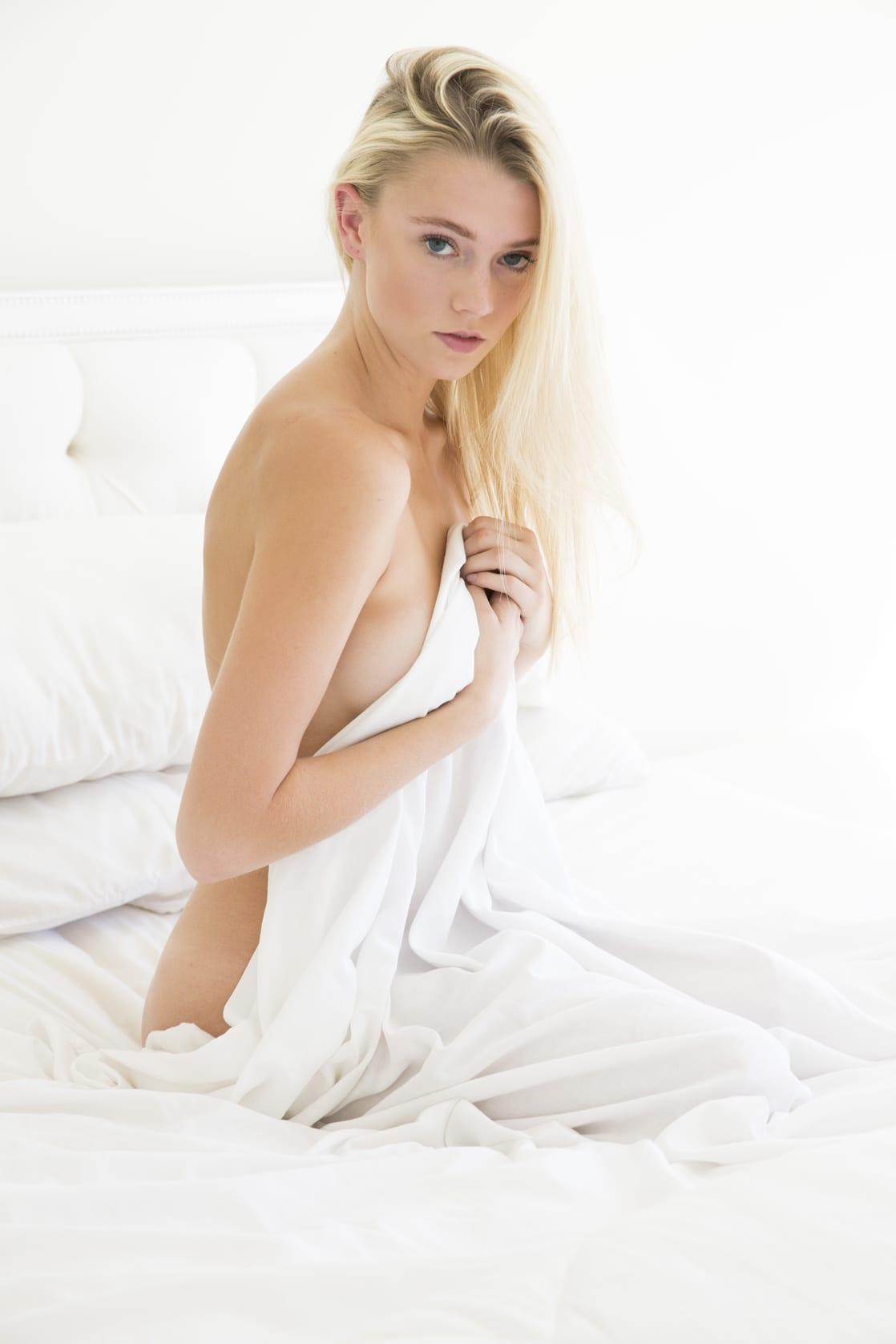 Raina Lawson nudes (33 fotos) Boobs, 2015, see through