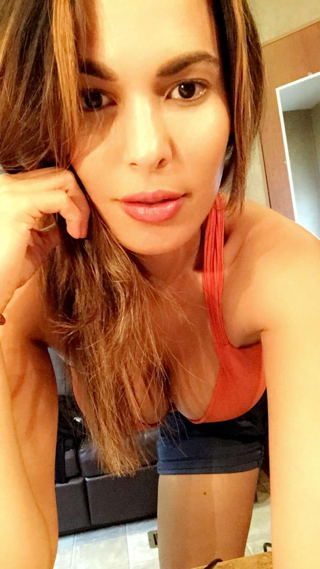 Selfie Nadine Velazquez nudes (25 foto and video), Pussy, Bikini, Boobs, lingerie 2006