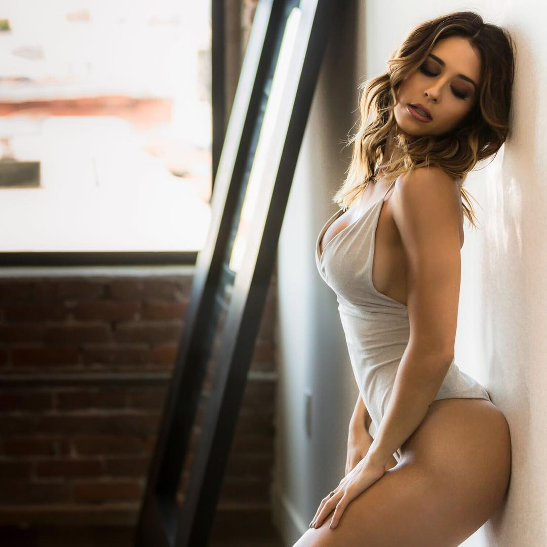 Tianna Gregory Nude Photos 40