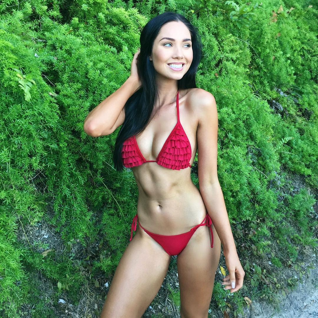 Hot jessica green 10 Things