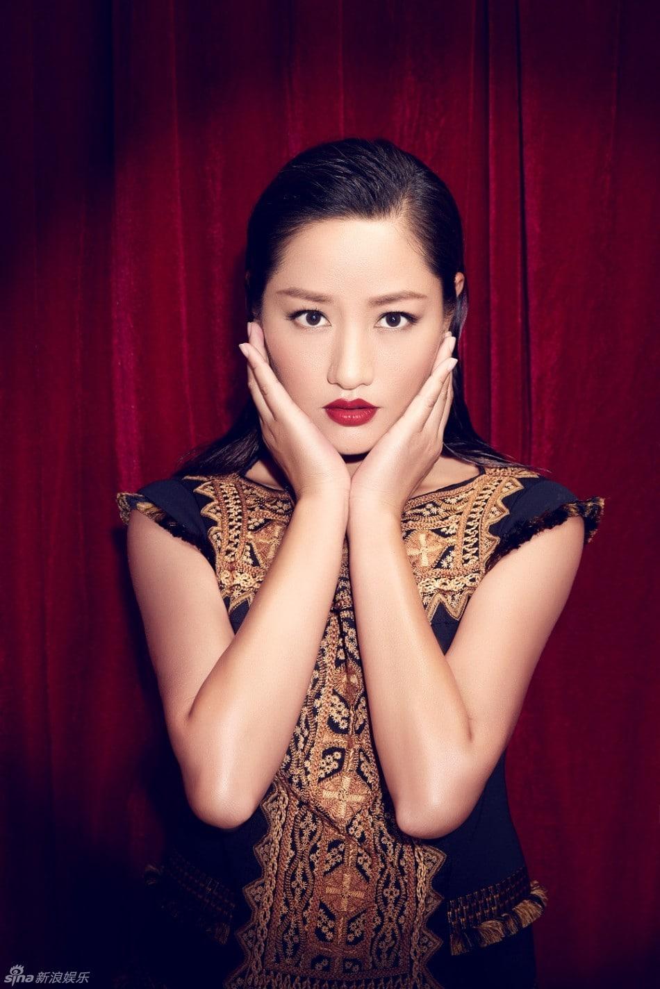 Qu Ying Qu Ying new photo