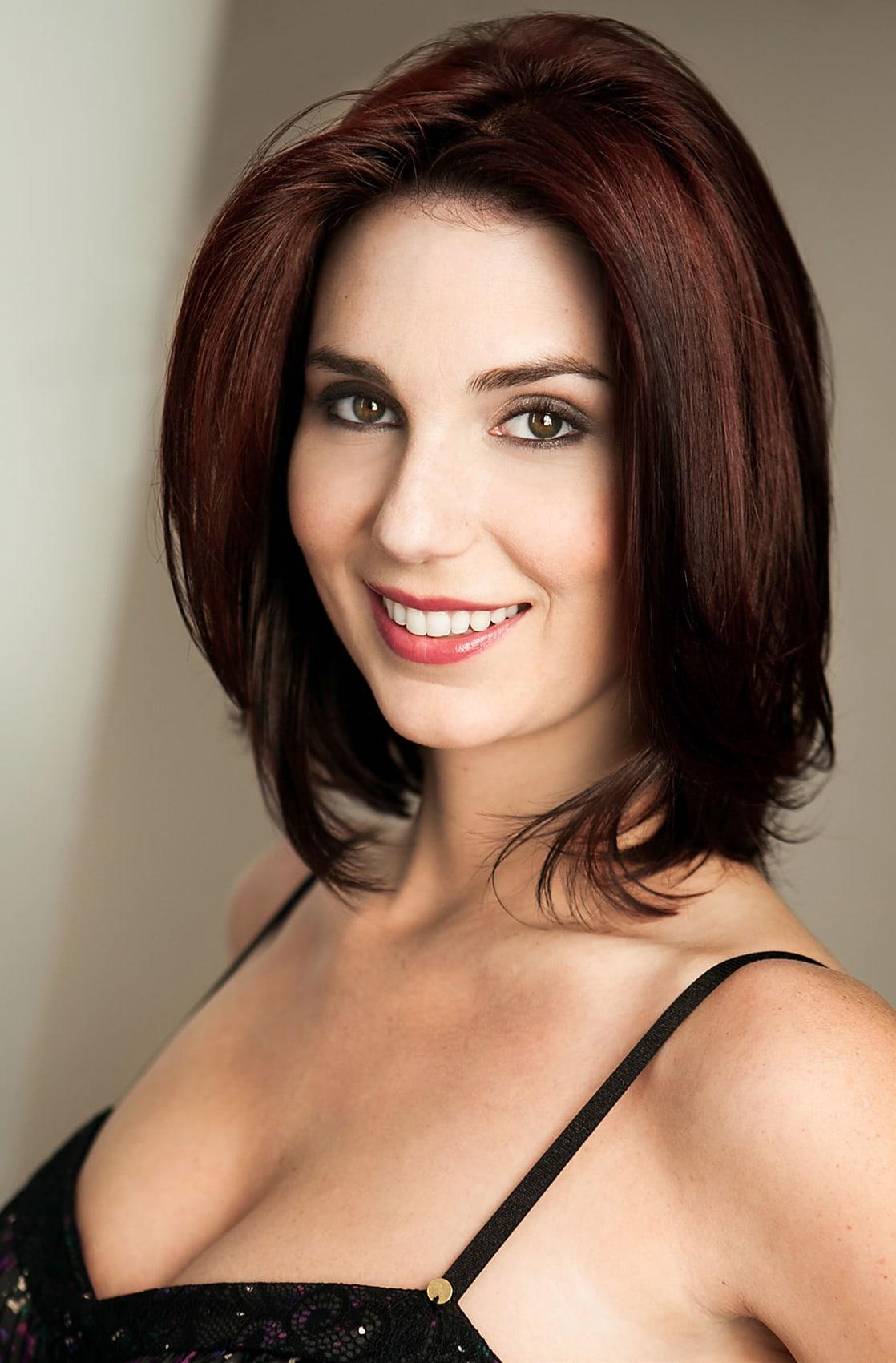 Samantha Stewart queens