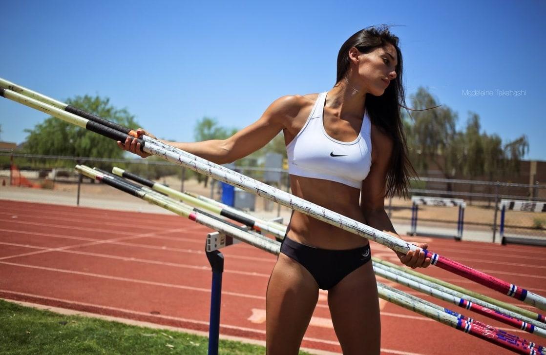 Well Top women pole vaulter excellent