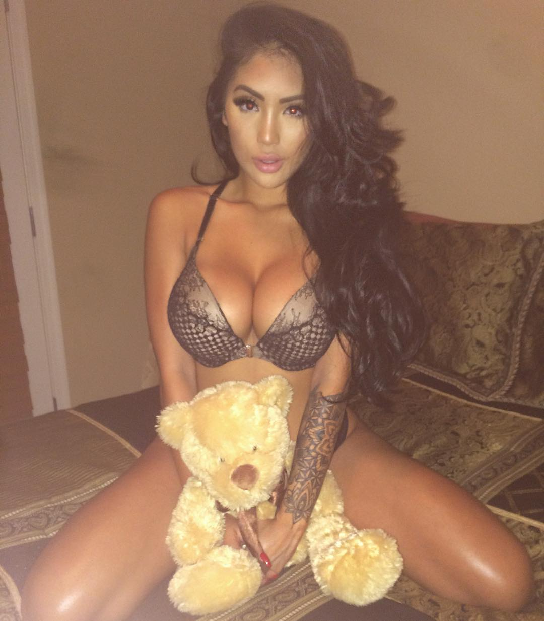 Celebrity Marie Madore
