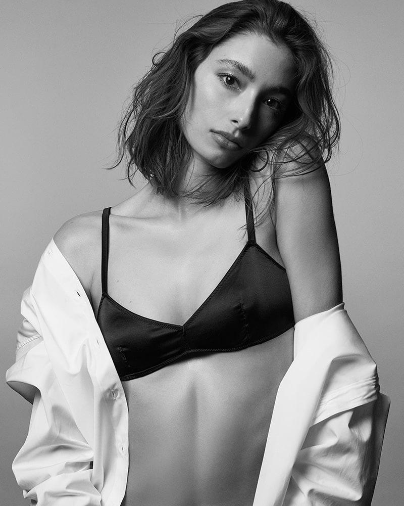 2019 Alexandra Agoston nudes (26 photo), Pussy, Bikini, Feet, butt 2020