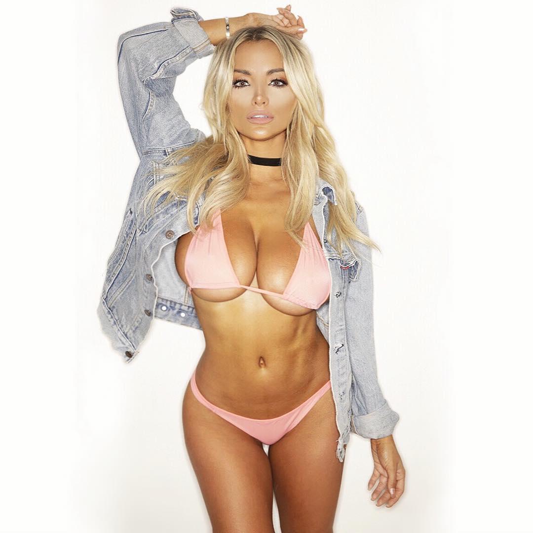 Erotica Lindsey-Pelas nude (86 foto and video), Sexy, Cleavage, Instagram, cameltoe 2020