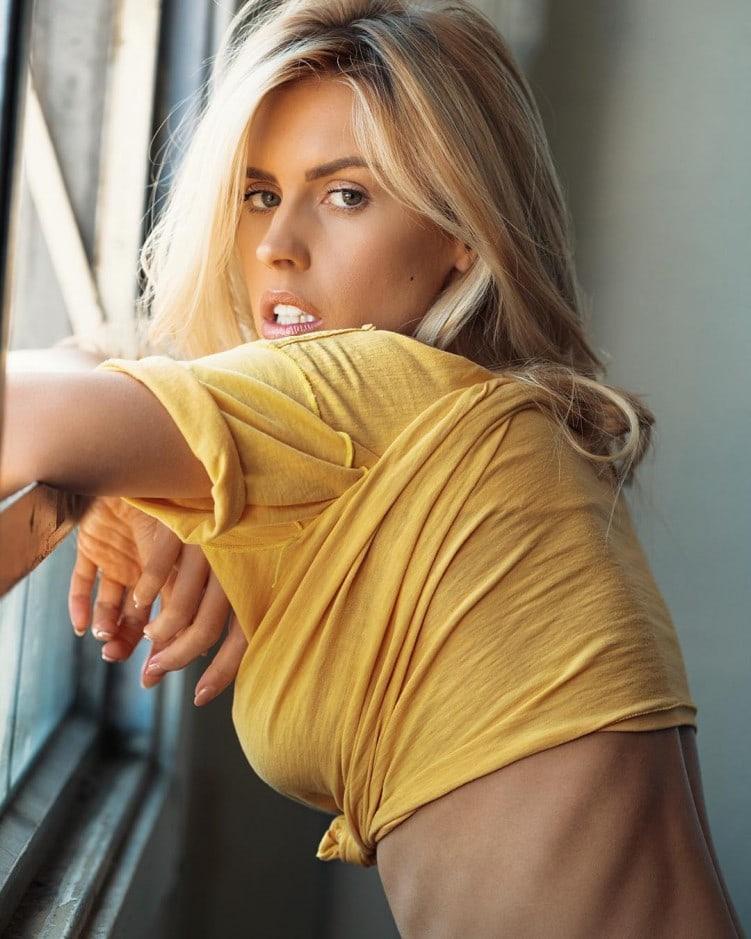 Kayla Rae Reid.. wearing Dianes Beach Wear.. #