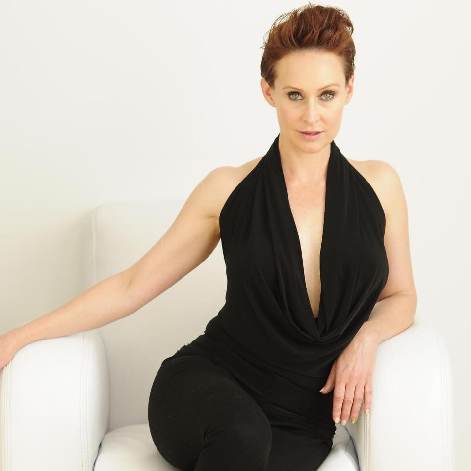 Lola Davidson Nude Photos 31