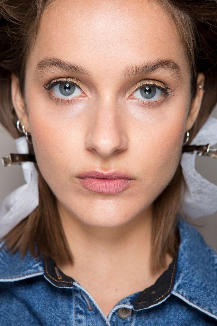 Макияж для русоволосых с серо-голубыми глазами фото