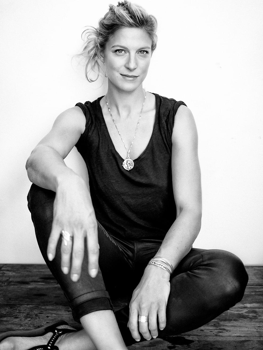 Alexia Barlier Nude Photos 70