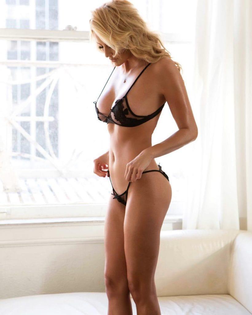 Stunning emma mae shows off her body 2