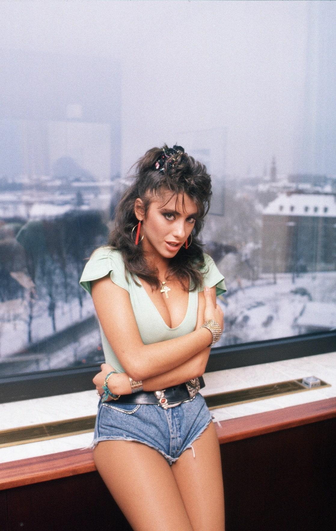 Sabrina Salerno Nude Photos 52