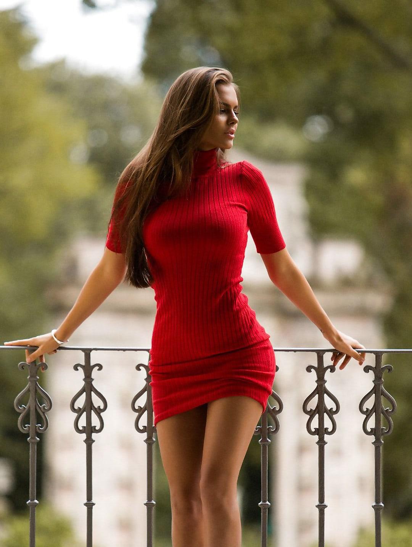 Viki Odintcova Nude Photos 6