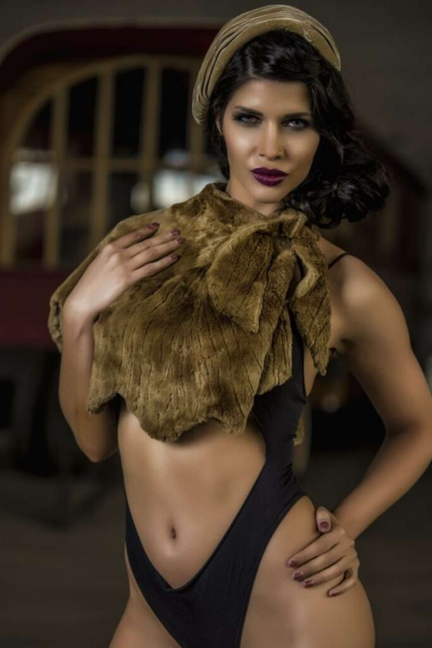 Micaela schafer sexy 2 new photos nudes (36 image)