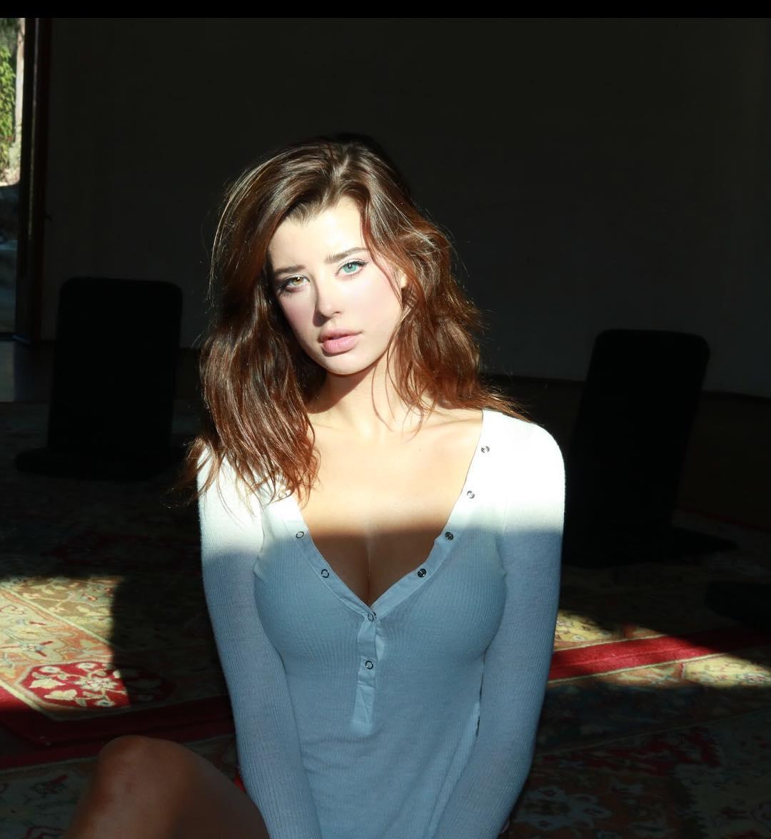 gong li nude tits