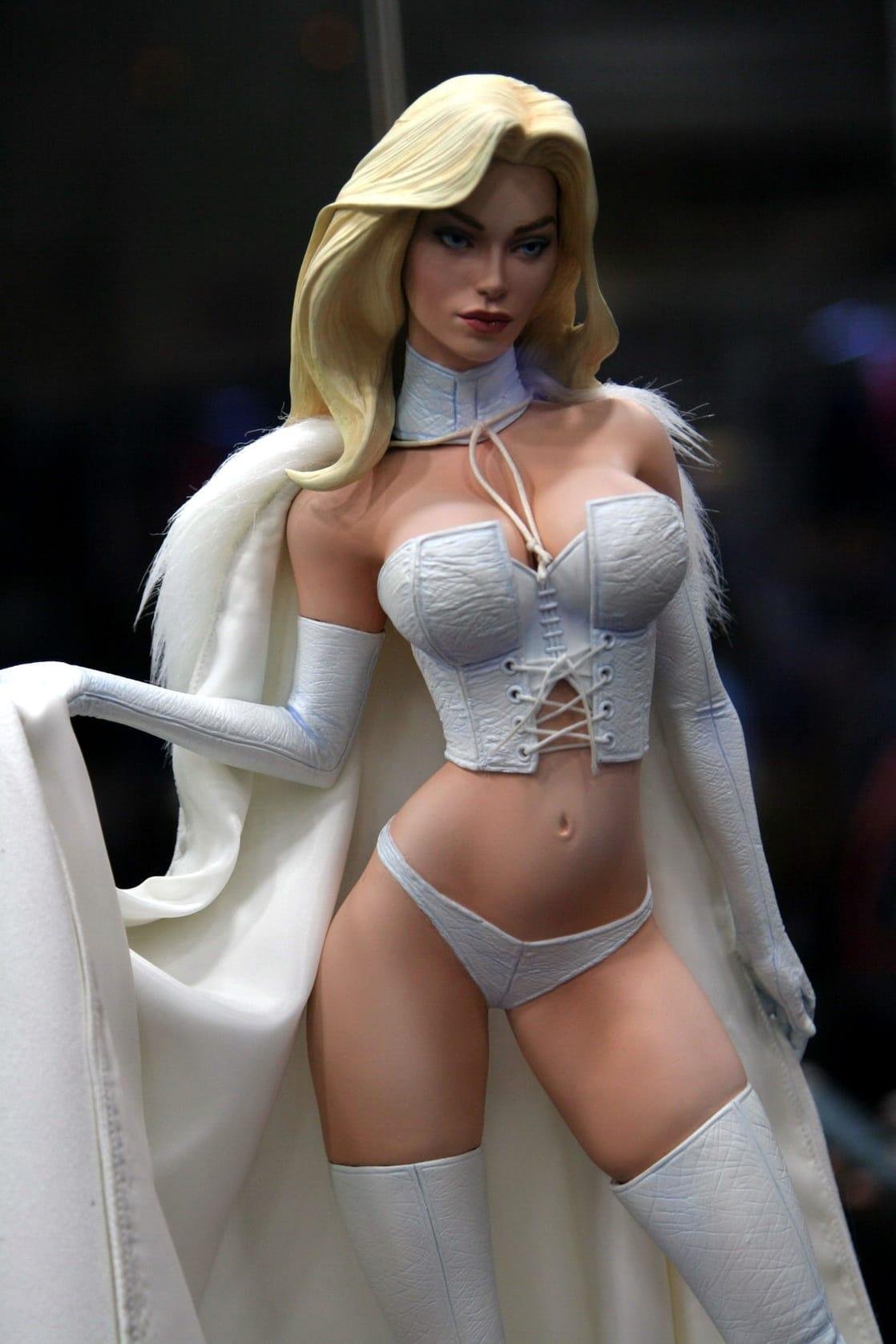 New Emma Frost PF - Statue Forum