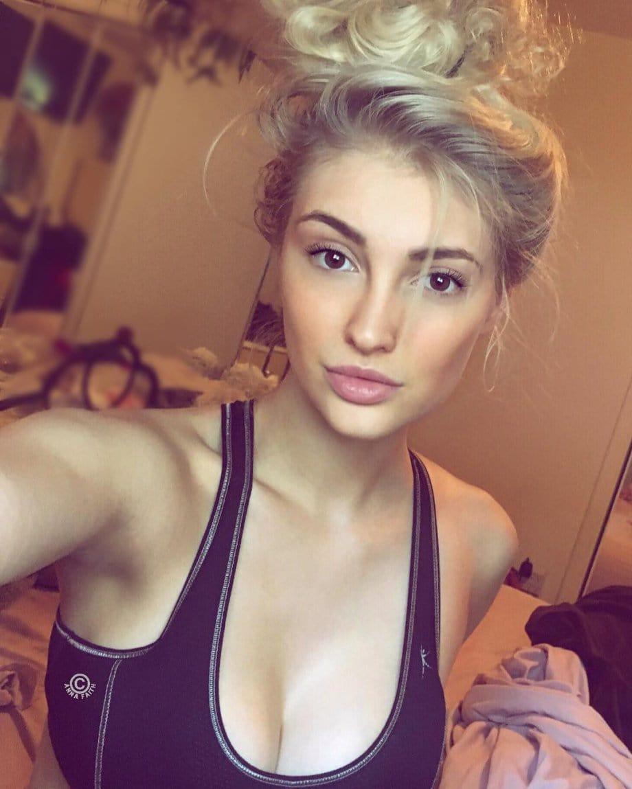 Anna Faith Carlson Nude Photos 3
