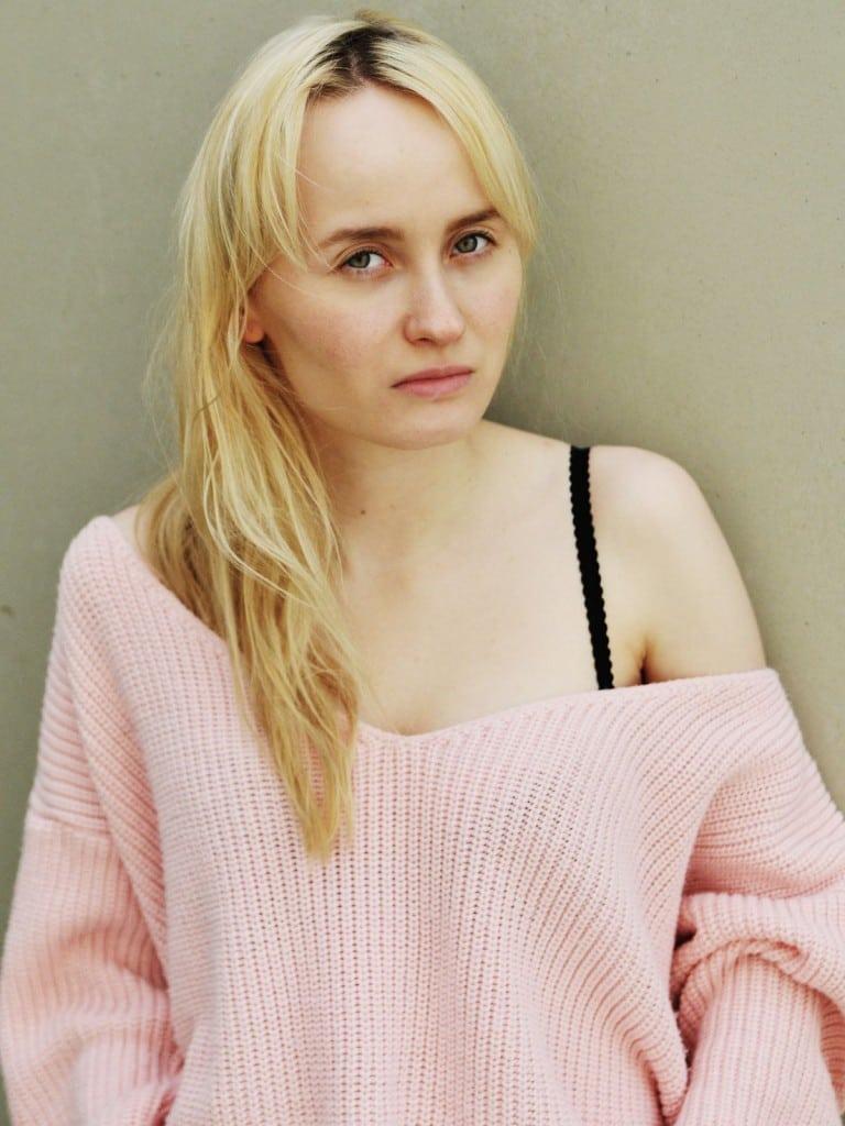 Ada Philine Stappenbeck Nude Photos 10