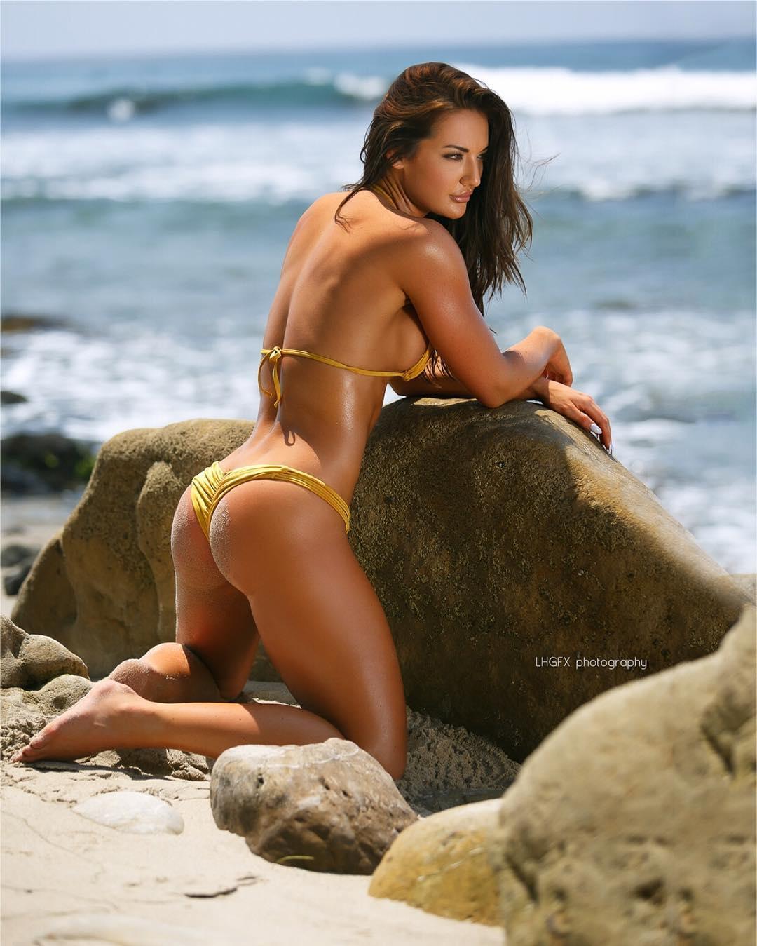Bfit blonde bikini models