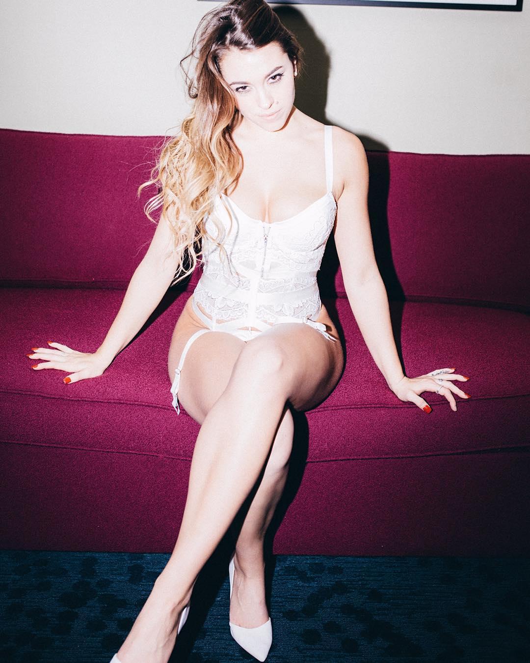 Feet Laurel Witt naked (95 foto and video), Topless, Sideboobs, Instagram, panties 2006