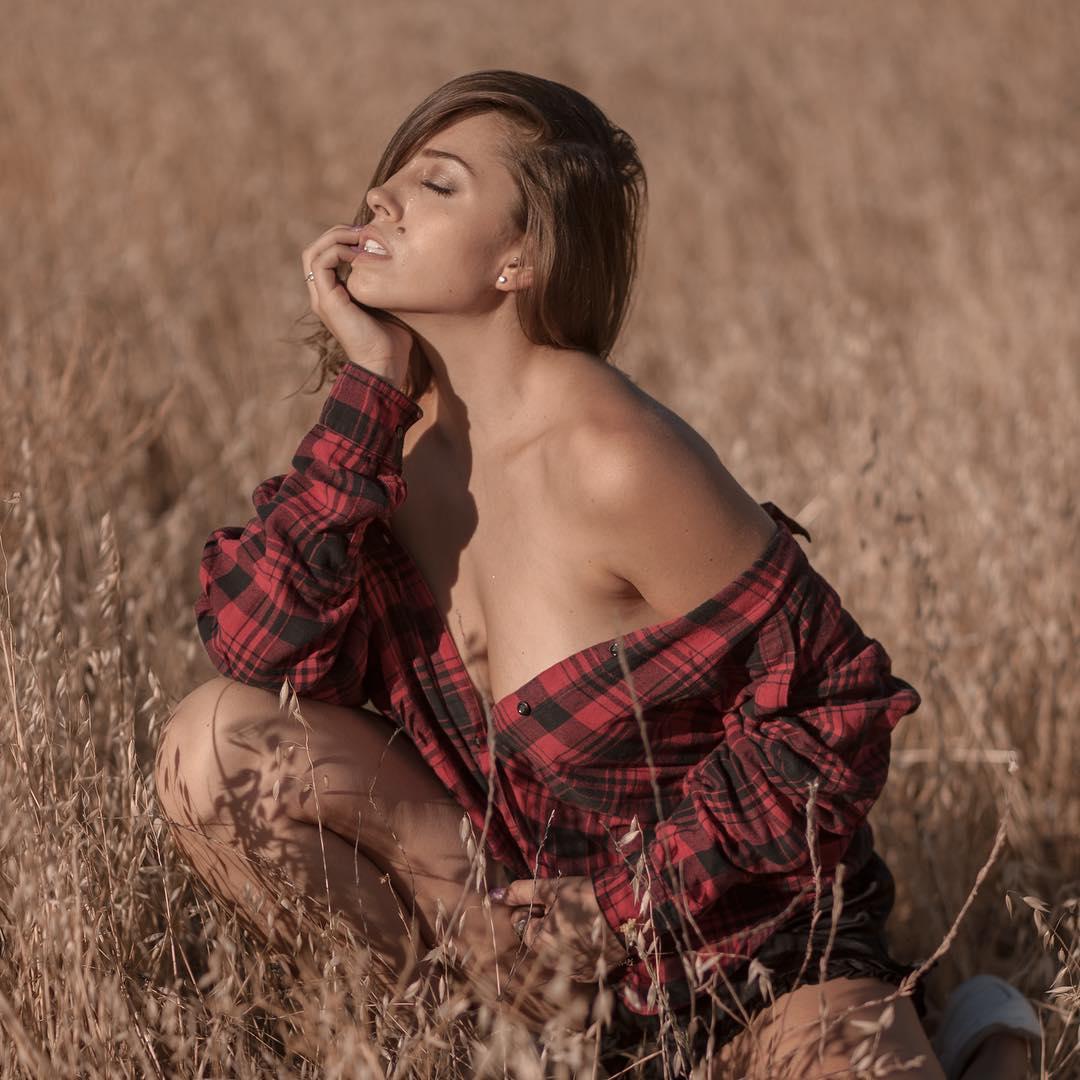 2019 Laurel Witt naked (31 photo), Tits, Sideboobs, Selfie, cameltoe 2006