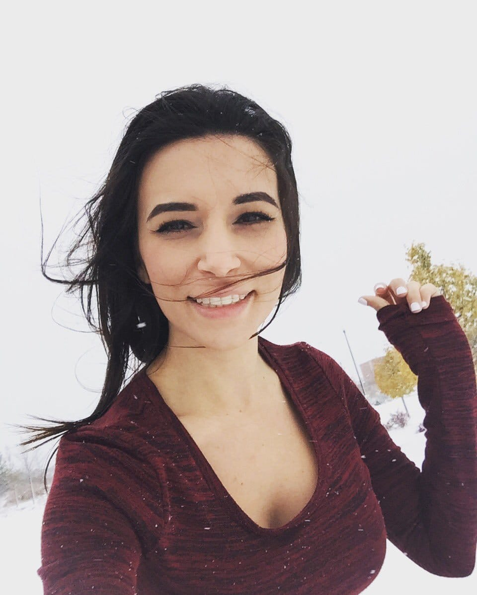 Picture of Alinity Divine