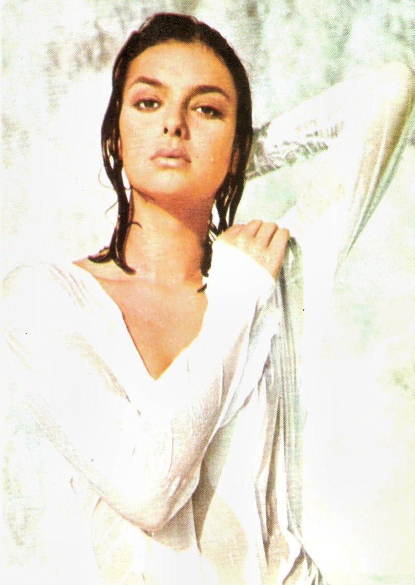 Ye Feng Hot pics Denise Joaquin (b. ?),Julianne Nicholson