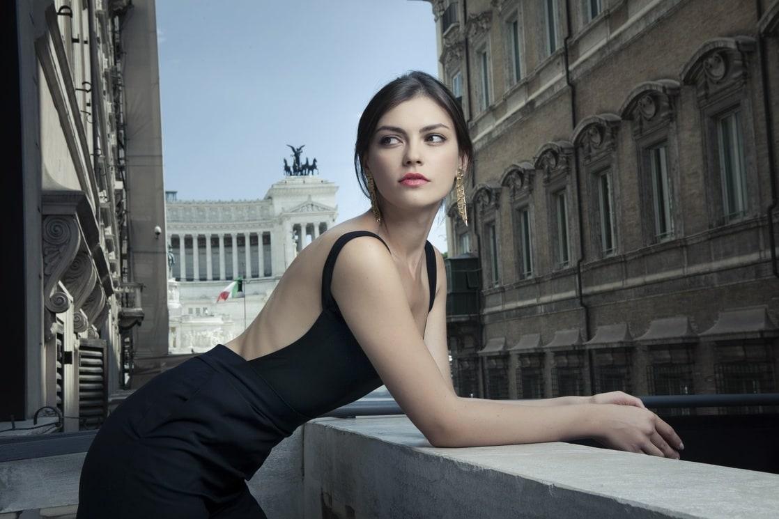 Silvia Busuioc nude 438