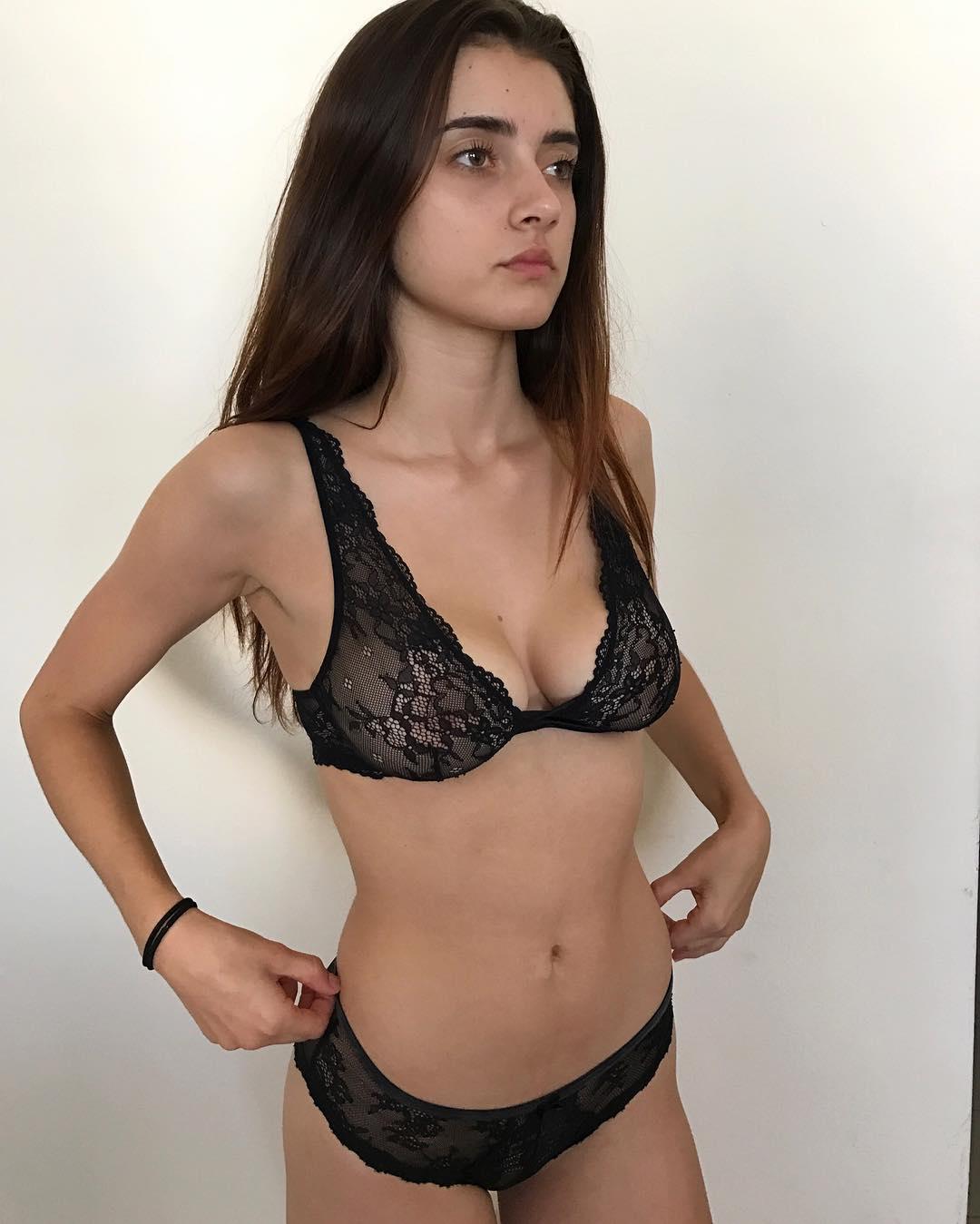 Fotos Sarah Curr nude (59 photos), Topless, Hot, Feet, see through 2015