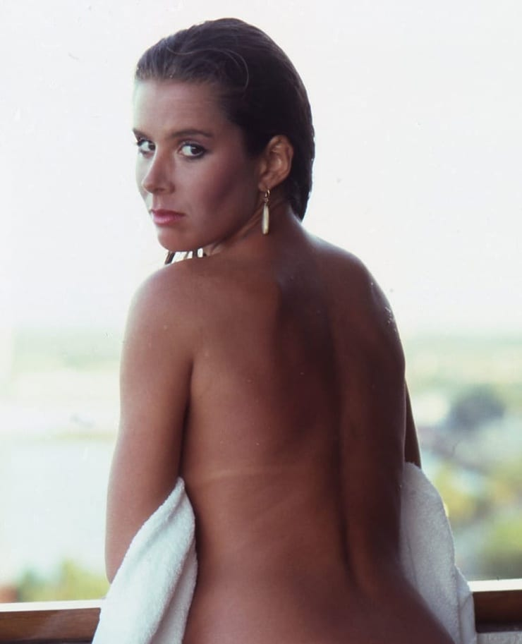 Corinne Wahl Nude Photos 8