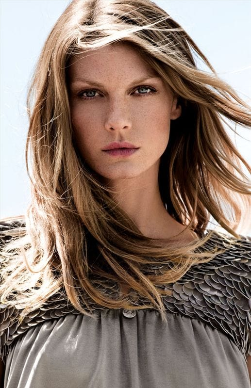 facebo angela lindvall born - 517×800
