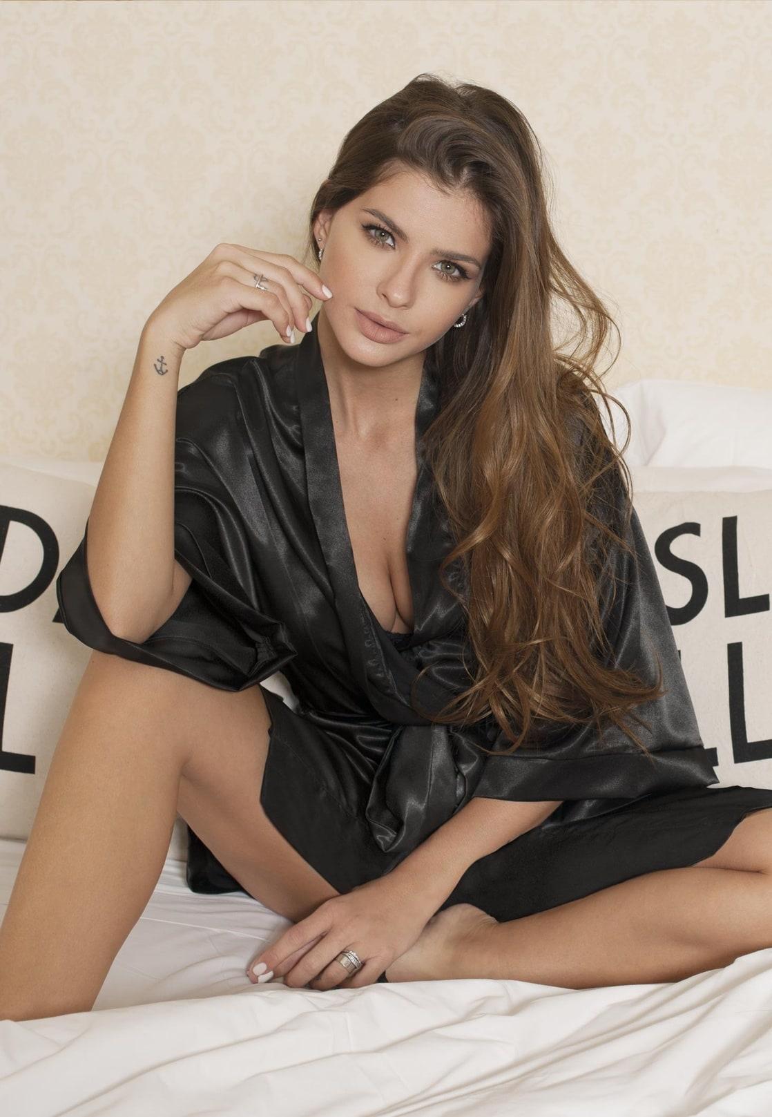 Eugenia Suarez Nude Photos 96