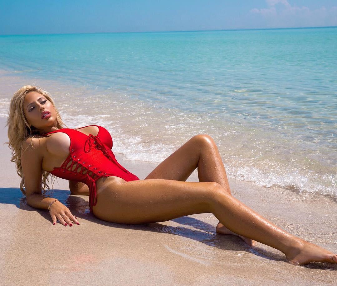 Francesca Larrain naked (62 photos) Bikini, Snapchat, swimsuit