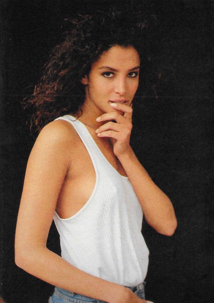 Anna Safroncik,Dewi Driegen NED 2 2002-2003 XXX clip Sneha Ullal,Karen McDougal United States