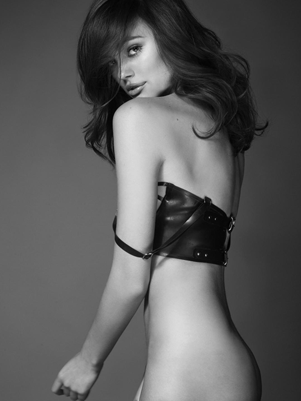 Kristina Peric Nude Photos 30
