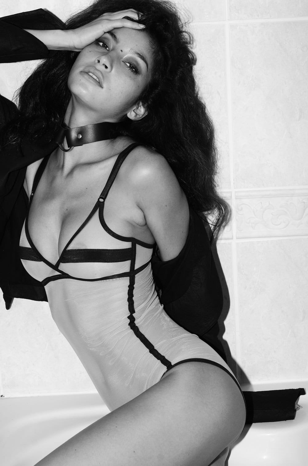 2019 Emilie Payet nude photos 2019