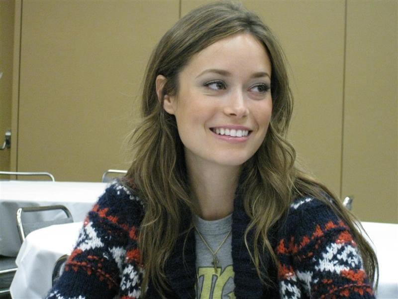 Summer glau joins arrow season 2 as isabel rochev in recurring role