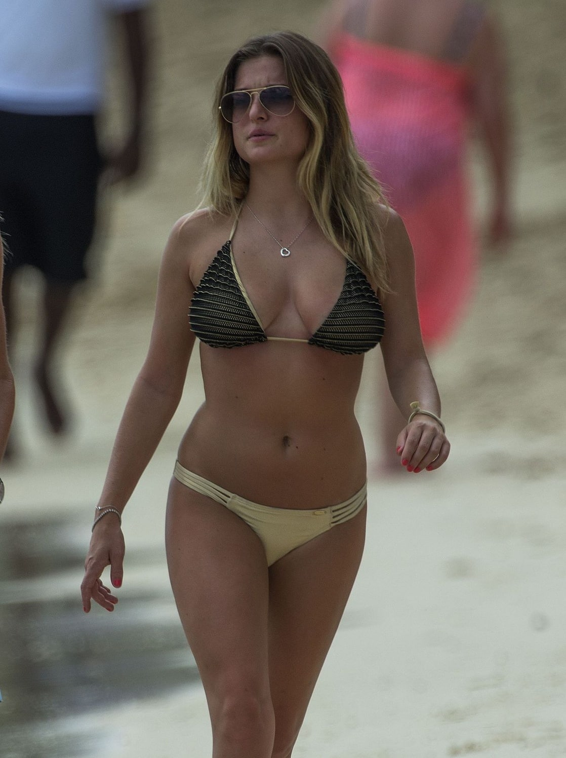 Zara Holland nudes (59 pictures), images Topless, YouTube, cleavage 2019