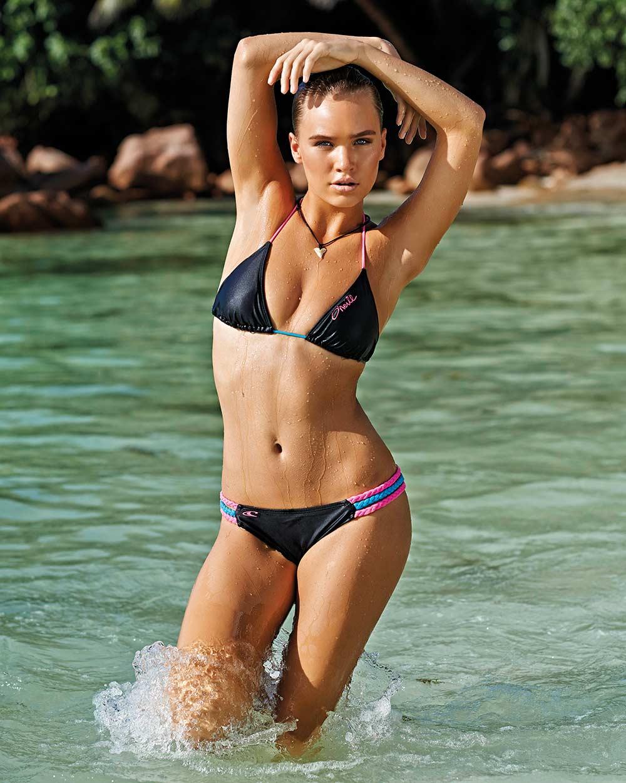 Bikini Zoe Cross naked (41 images), Hot