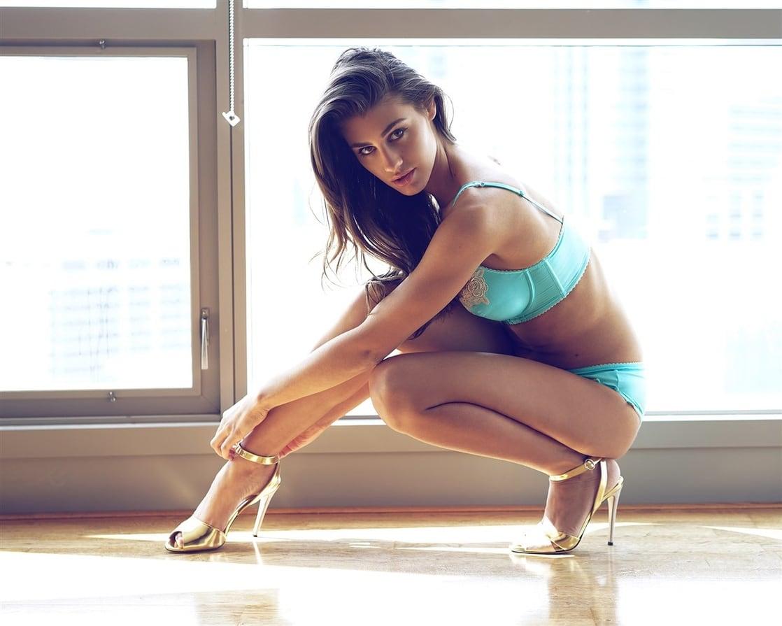 Sheridan Rhode Nude Photos 19
