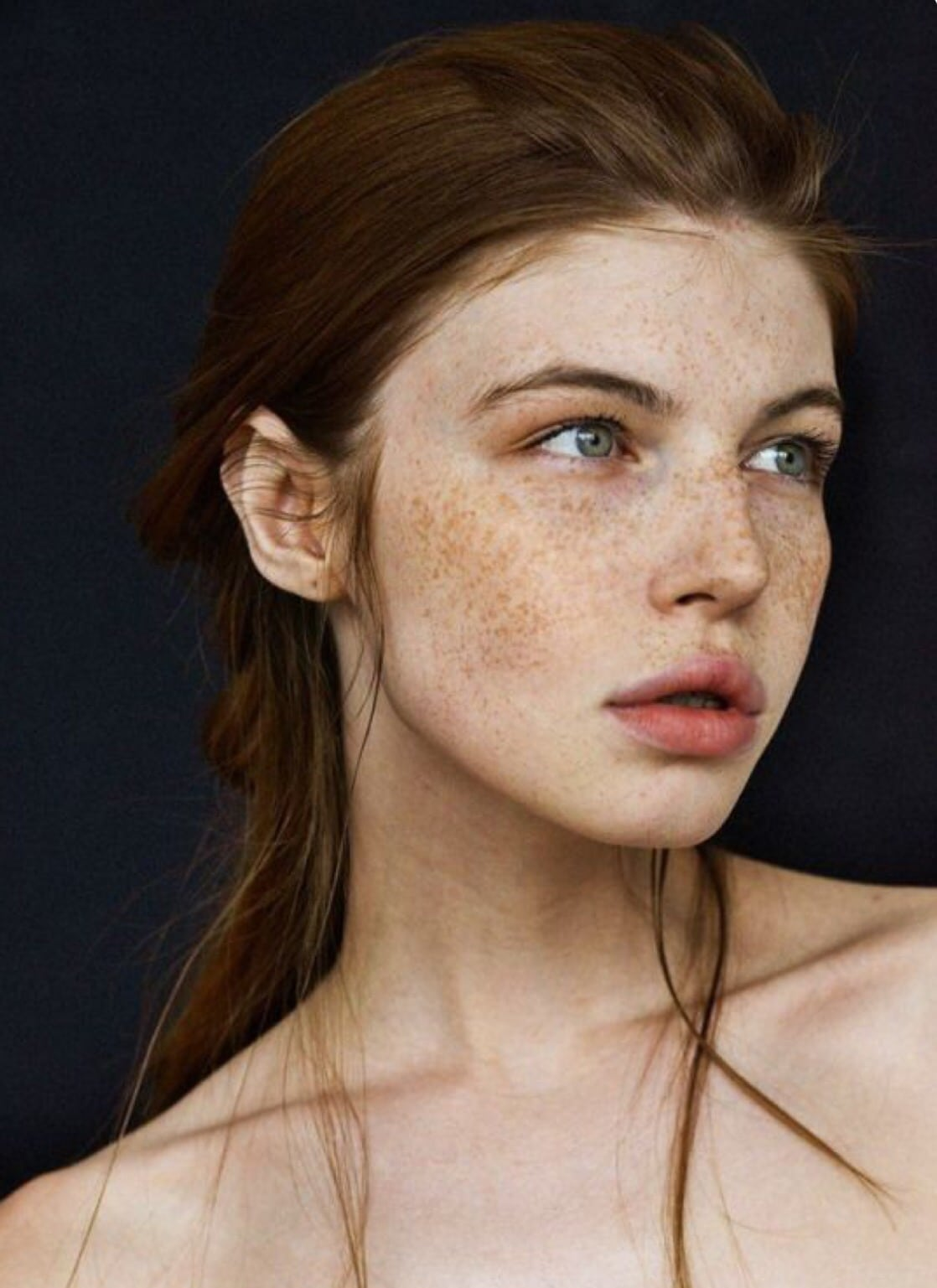 Look of Innocence | Photos That Prove Women With Freckles Are Beautiful