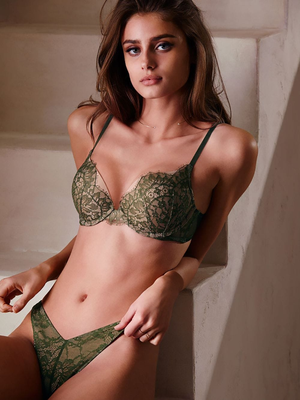 Erotica Taylor Marie Hill nudes (46 foto and video), Sexy, Cleavage, Twitter, lingerie 2006