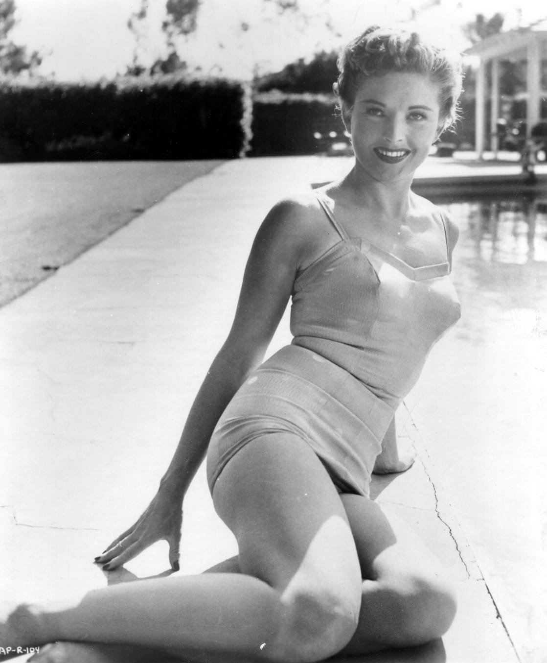 picture Coleen Gray